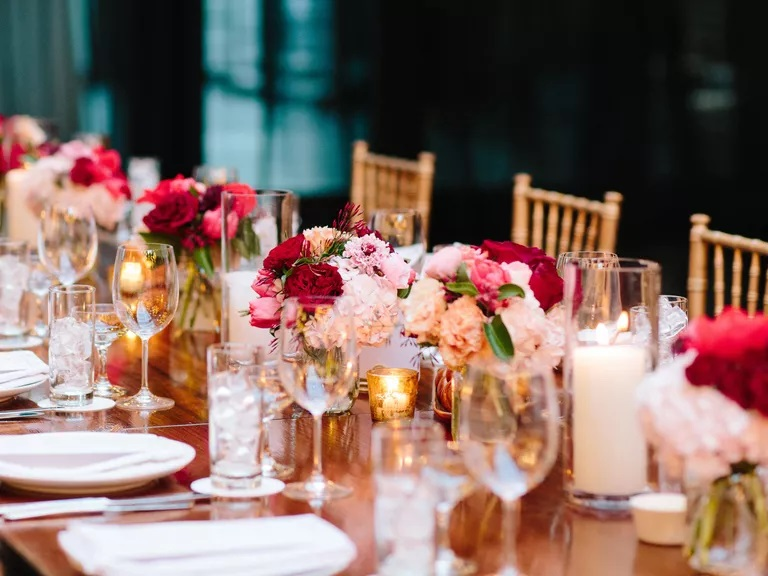 Want To Be A Perfect Party Host? Remember These 9 Tips!
