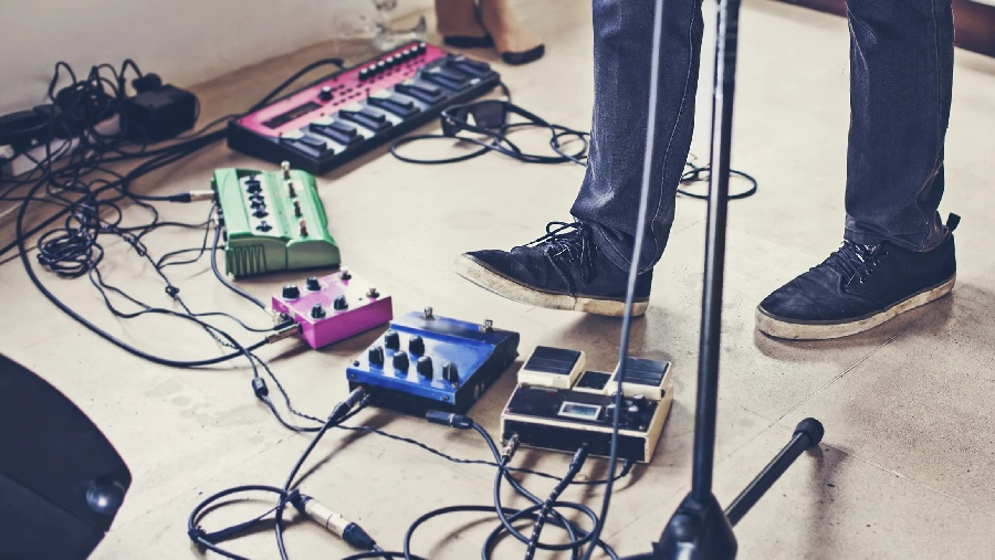 The Different Beginner Guitar Effects Choices Out There