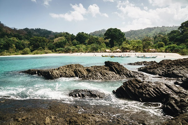 Top 3 Banyuwangi's Hidden Beaches That You Must Know